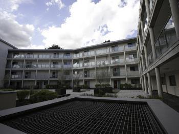Brentwood - Deluxe Apartment - External View