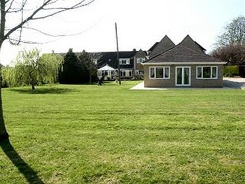 the annexe garden view