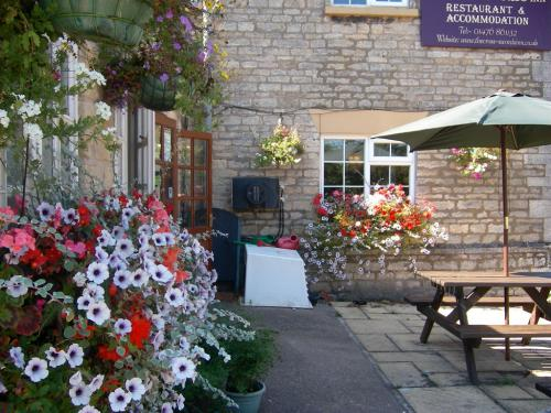 The Cross Swords Inn in flowers