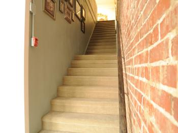 Upstairs to all guestrooms