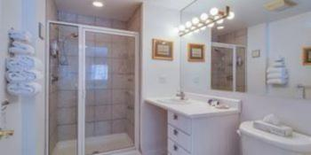 Galien Suite Bathroom
