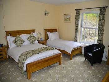 Superior Double (Dbl Occ) - Room 1 Accessible Compliant
