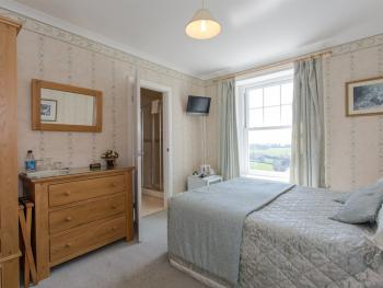 Double room-Ensuite-Rose - Base Rate