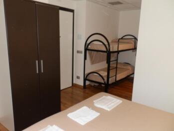 Quadrupla-Comfort-Bagno in camera con doccia-Balcone-Galileo Galilei  - Tariffa di base