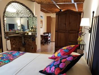 Double room-Ensuite-Standard-Premium Poolside Suite