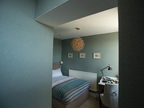 Double room-Standard-Ensuite with Shower-Park View-Room 11