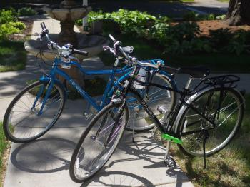 Enjoy a ride around Northfield and the Arboretum with our bikes.