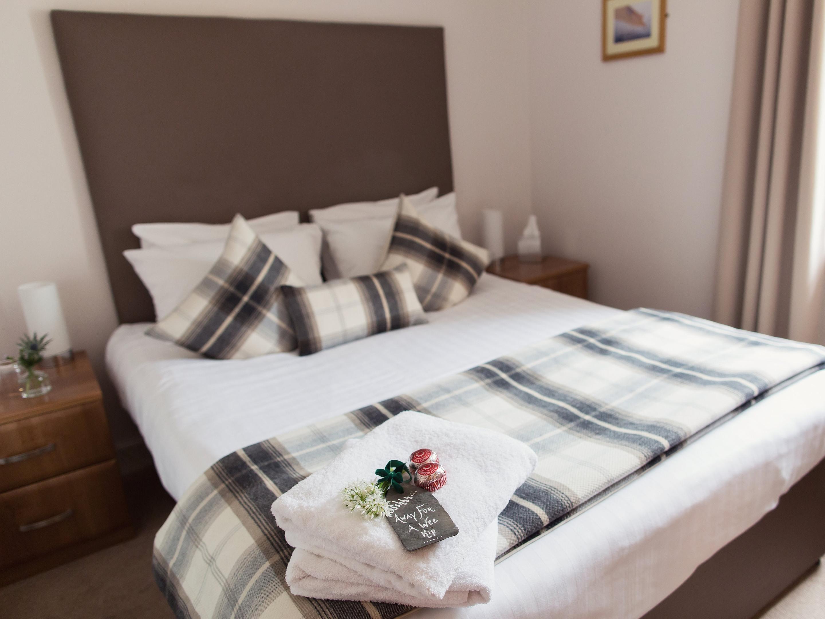 Double room-Standard-Ensuite-Millburn View - Room 4