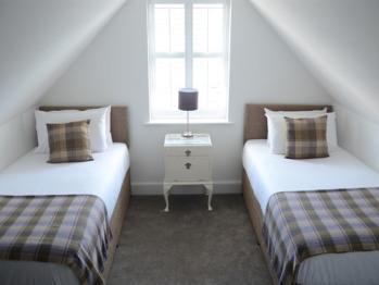 Twin En-suite - Map Room
