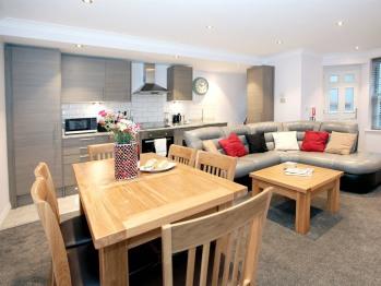 apartment 2 open plan kitchen diner