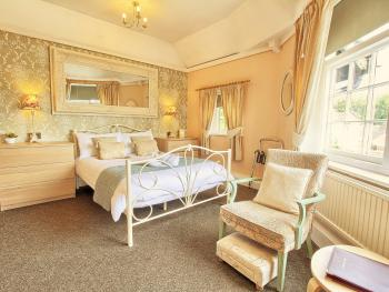 Double room-Superior-Ensuite with Shower-Room 3 - Base Rate