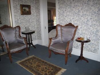 Cabernet Room Sitting Room