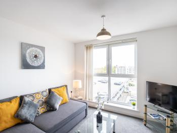 2 bedroom apartment Edinburgh Gate Harlow -
