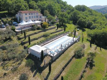 B&B with charm - quiet with kitchen & sw pool - vue aérienne.