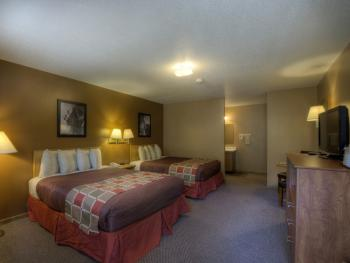 Standard-2 Queen Motel Room-Unit-Private Bathroom