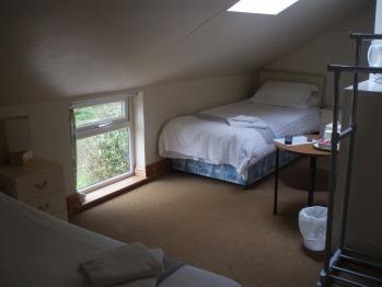 Twin room-Comfort-Shared Bathroom-Garden View