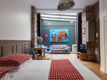 LOFT Cool & Arty courtyard close Le Marais + AC !