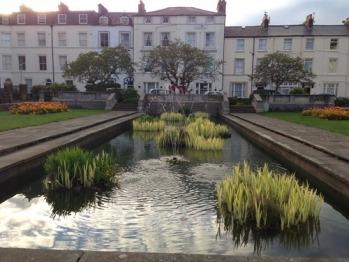 Admiral Guest House - Front Garden