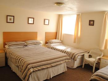 Family-Ensuite- 4 Persons