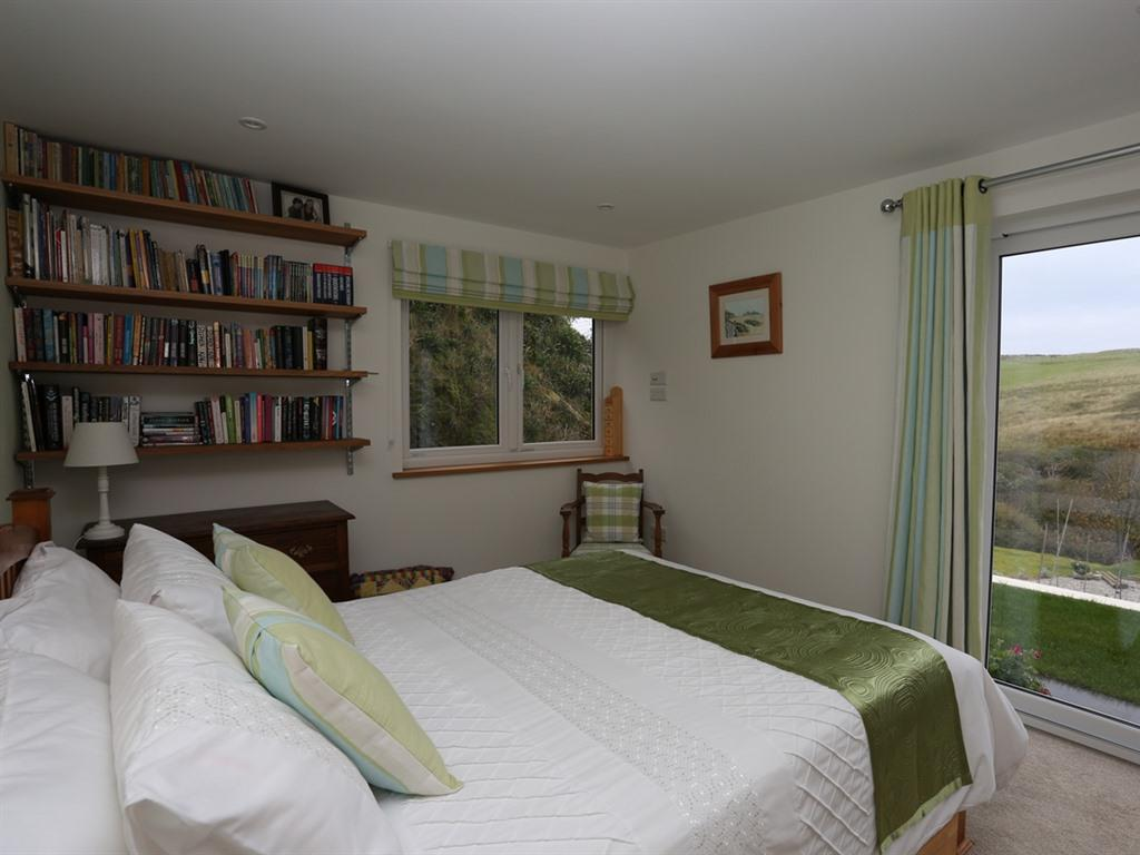 Double room-Premier-Ensuite with Shower-Countryside view - Base Rate