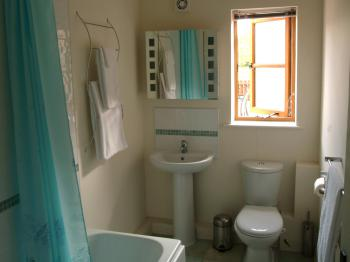 Two bedroom cottage family bathroom