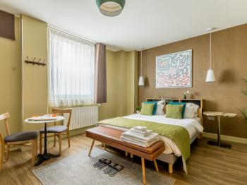 Suite supérieure - Vue rue