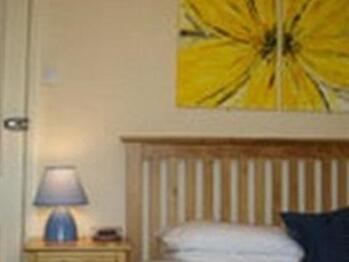 Single room-Standard-Ensuite-Room 6