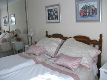 The Nook, offering ensuite twin bedded accommodation on the ground floor