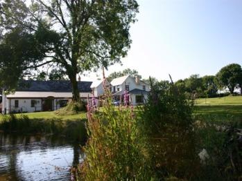 Jabajak Vineyard Restaurant with Rooms - Across the wildlife pool from the vineyard