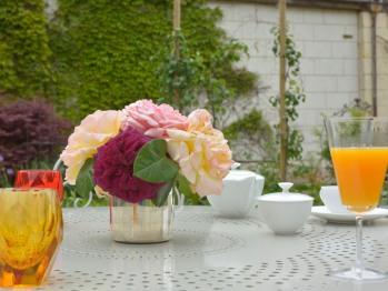 Thé ou rafraîchissement au jardin