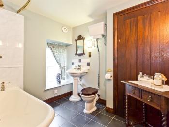 Stockghyll bathroom