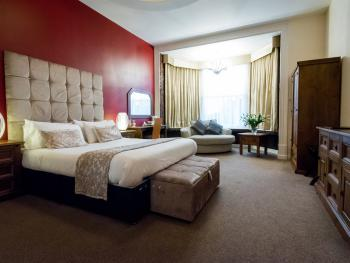 The Pearl Hotel - Luxury Suite