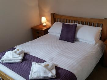 Ship in Dock Inn - All bedrooms have king size double beds