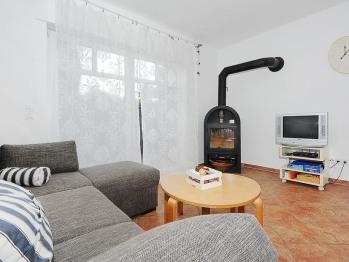 Kaminofen, Wohnung 2 Erdbeerseite