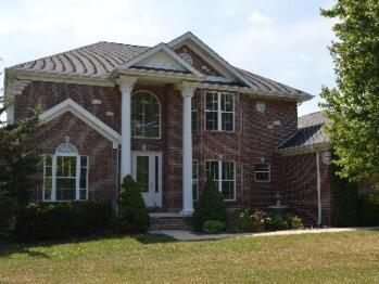 Rustic Retreats - Rustic Retreats Poolside Mansion, Golden Eagle, Illinois
