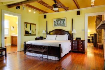 Royal Poinciana Suite