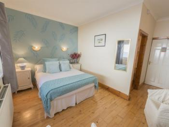 Double Room-Standard-Ensuite-Room Only