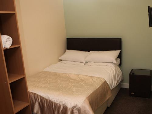 Family room-Ensuite-Sleeps 3Wet(Ground Floor)