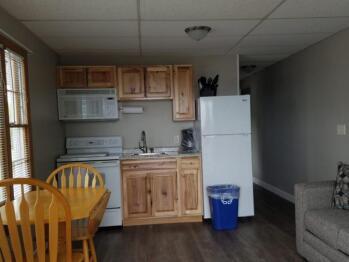 Premier Queen 12 Kitchen