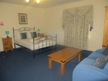 Family En-suite (2 Adults 2 Children under 12 yrs)