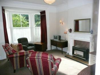 Apartment-Ensuite-Ground Floor Flat Sleeps3