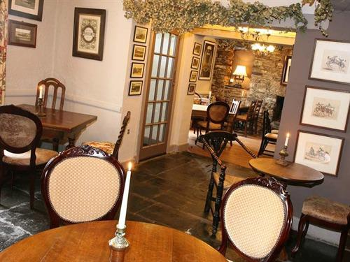 The Hare & Hounds Lounge