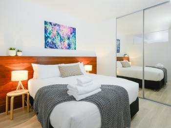 Apartment-Deluxe-Private Bathroom-Balcony - Unit 301 - Apartment-Deluxe-Private Bathroom-Balcony - Unit 301