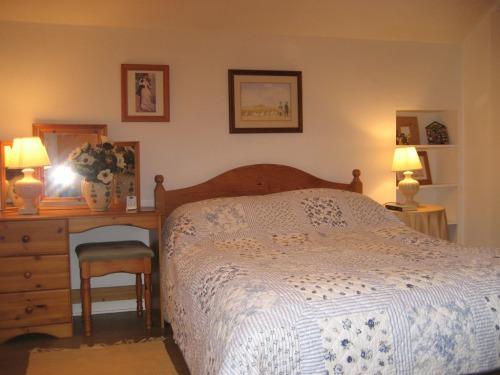 double bedroom,kelvinside mews