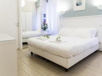 Matrimoniale o doppia-Blu-Lusso-Bagno in camera con doccia