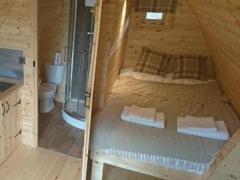 Cabin-Ensuite with Shower-(no hot tub) - Base Rate