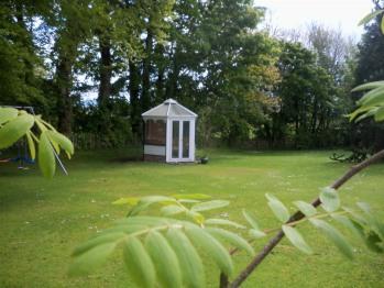 Lisnafillan Lodge - Lisnafillan Bed & Breakfast Garden