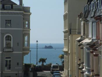 Lamplighter Guesthouse - Family room 9, Views over Plymouth Sound.
