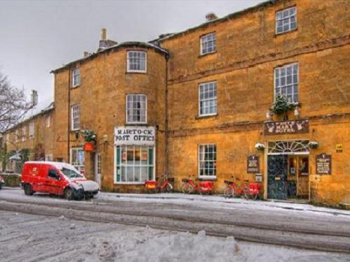 White Hart in the snow