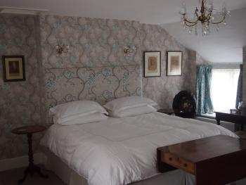 Clare Cottage - Empire-Luxury with freestanding bath - Room 1